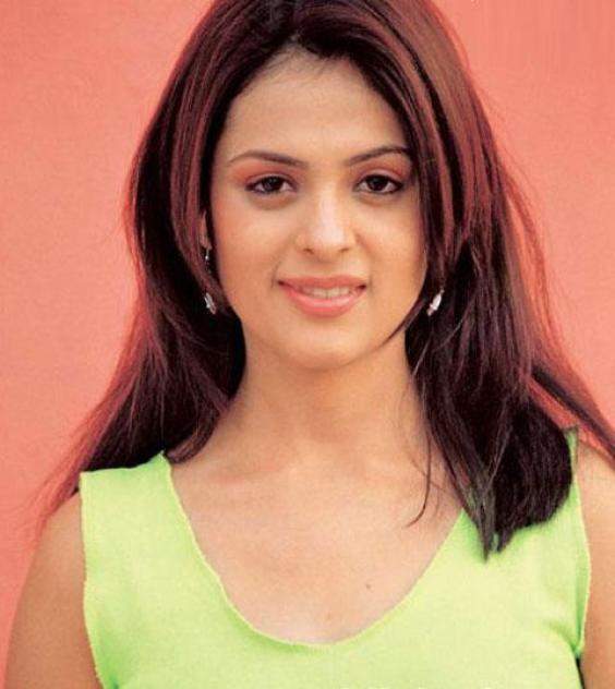 Anjana Sukhani Photoshoot images