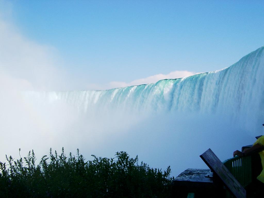 Percaya kagak kalo Air Terjun Niagara adalah Buatan Manusia