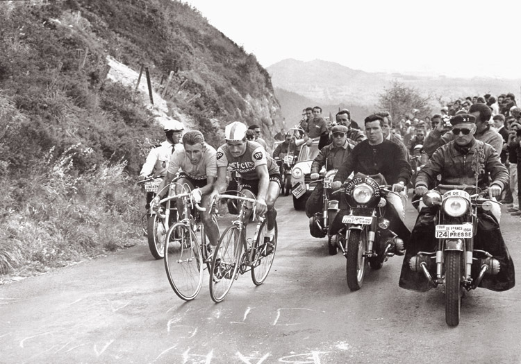 poulidor_anquetil+puy.jpg