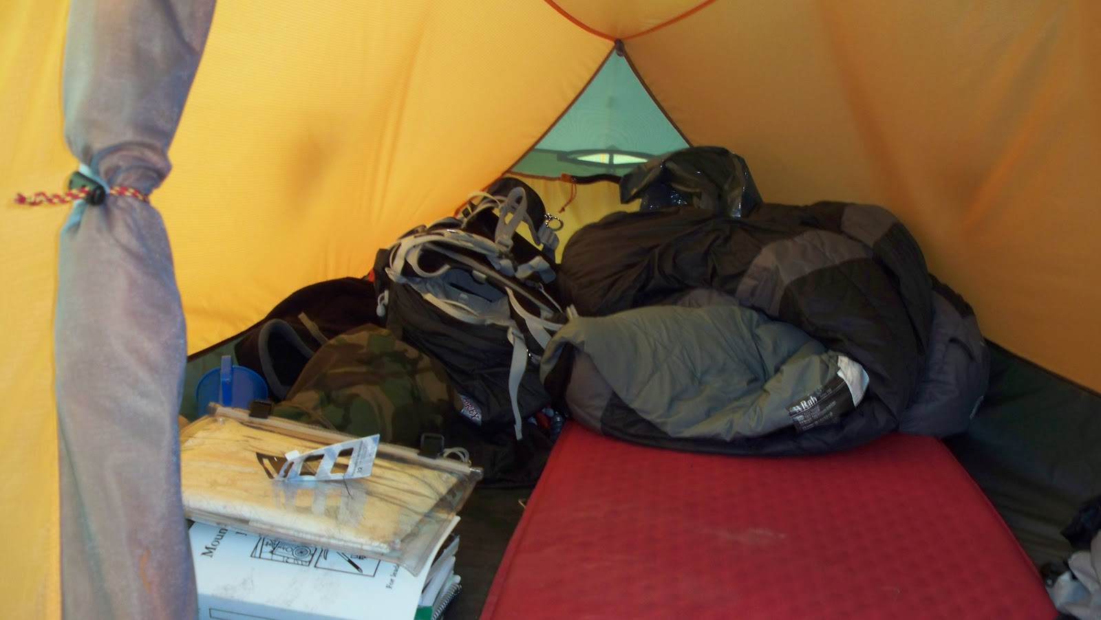 Had this tent now for nine months and can not find a fault my main reason for liking it though is purely the way that its able to withstand extremely ... & Far and Beyond: The Grid 2P Marmot Tent
