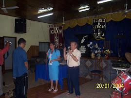 Pastora Claudia Pregando na Argentina