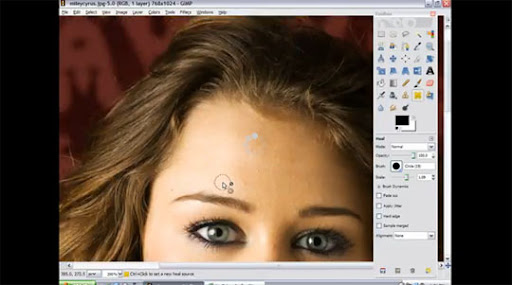 GIMP+Skin+Airbrushing 60+ GIMP Video Tutorials To Turn You Into a GIMP Ninja