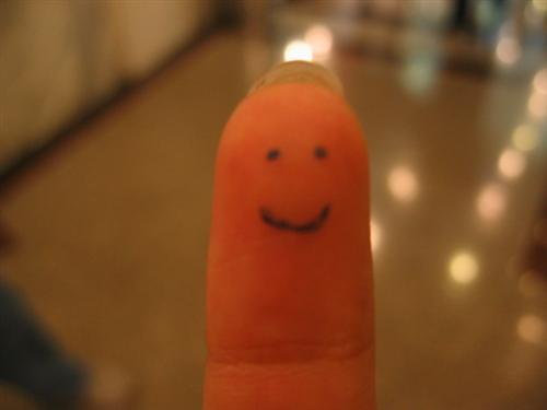 """السيد فنجر + + + مبتسم بواسطة +٪ 7Ecrazy CHINITA كتكوت 45 البهية """"أصابع مبتسم"""" صور"""