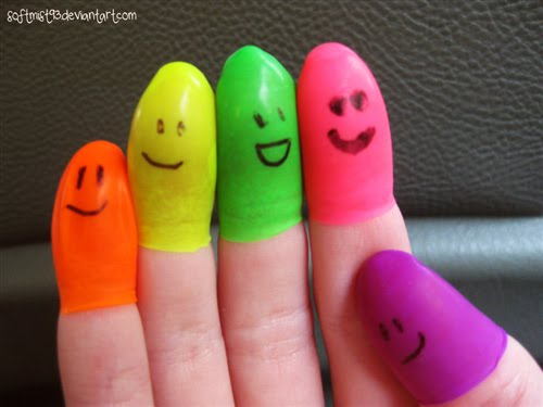 "Finger+People+by+%7Esoftmist93 45 Gorgeous ""Smiley Fingers"" Photographs"