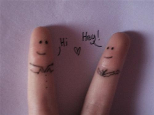 "Hay Guise by RiOTxLauren+ +via+chethstudios.net 45 Gorgeous ""Smiley Fingers"" Photographs"