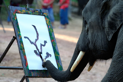 Elephants+creativity+paintings+%281%29 Creativity by Elephants! Believe this or not!