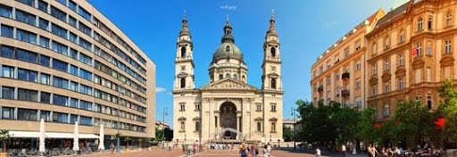 St Stephen  s Basilica Panorama by ovidiupop Stunning Horizontal Panoramic Shots | Photography Inspiration