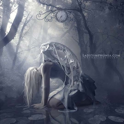 Requiem by lady symphonia 40 Examples of Emotional Female Photomanipulation Art