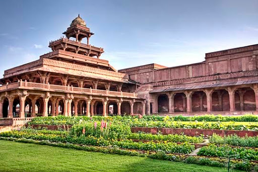 Courtyard+ +Agra+Fort+%28Agra%29 The Incredible India: 90 Spectacular Photos