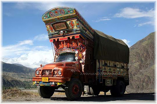 Decorated+trucks+from+Pakistan The Beauty of Pakistan: 70 Amazing Photographs