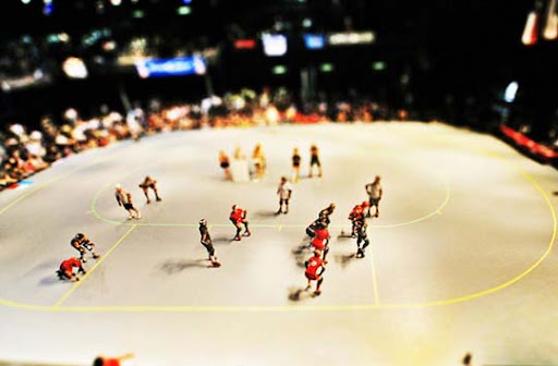Fake+Miniature+%E2%80%93+Roller+Derby+2 50+ Beautiful Examples of Tilt Shift Photography