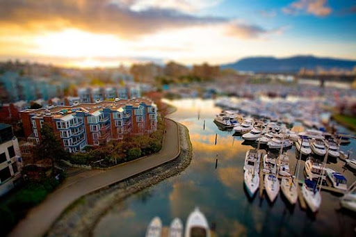 Real+models 50+ Beautiful Examples of Tilt Shift Photography