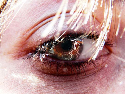 Lagrimas 30+ Mesmerising Macro Photos of the Human Eye | Photography Inspiration