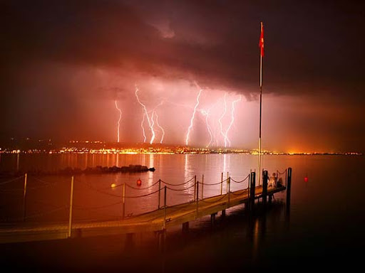 Lake+Geneva+in+Lausanne,+Switzerland Striking and vivid Examples of Lightning Photography