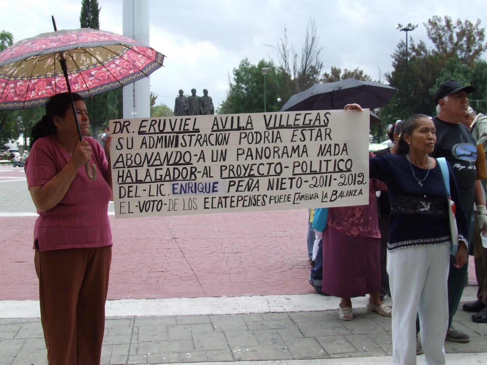 Manifestantes de San Carlos exigen apoyos a adultos mayores