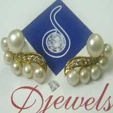 Diamond Ear Tops with Natural Pearl