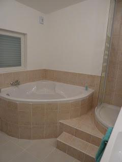 souvenir la r novation de mon ancienne salle de bain. Black Bedroom Furniture Sets. Home Design Ideas