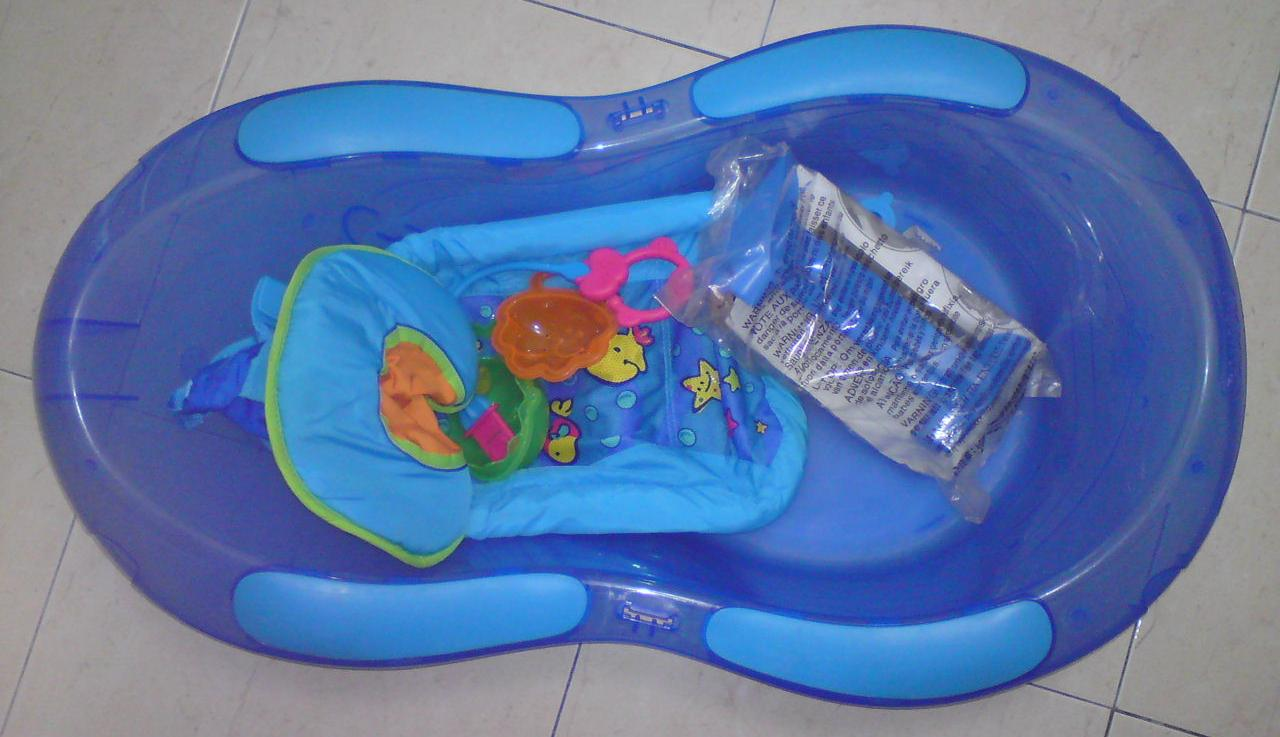 Ibu dan Anak - Hasfaz: Fisher Price Aquarium Bath Tub (Brand New) - SOLD