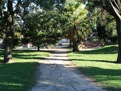 Las plazas y parques de Leones