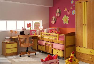 presenta una buena decoración con una variada tonalidad de colores