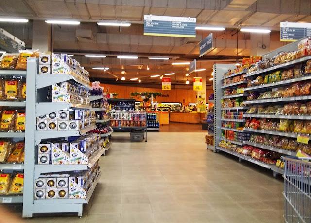 hypermarket in India