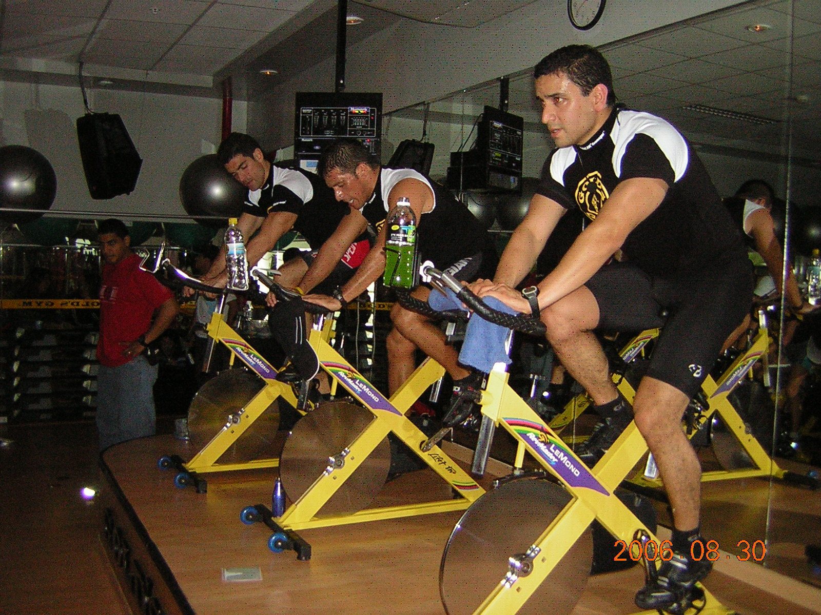 Beneficios del spinning clases de spinning equipo de for Clases de spinning
