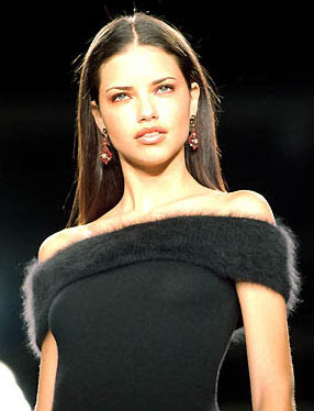 Adriana Lima 2000 Runway