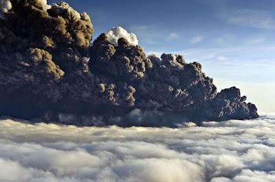 nube de cenizas volcanicas