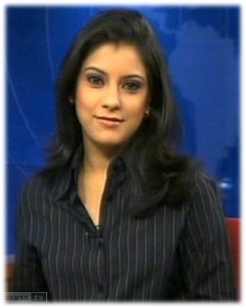 Mitali Mukherjee CNBC18 Tv News Reader Screen caps