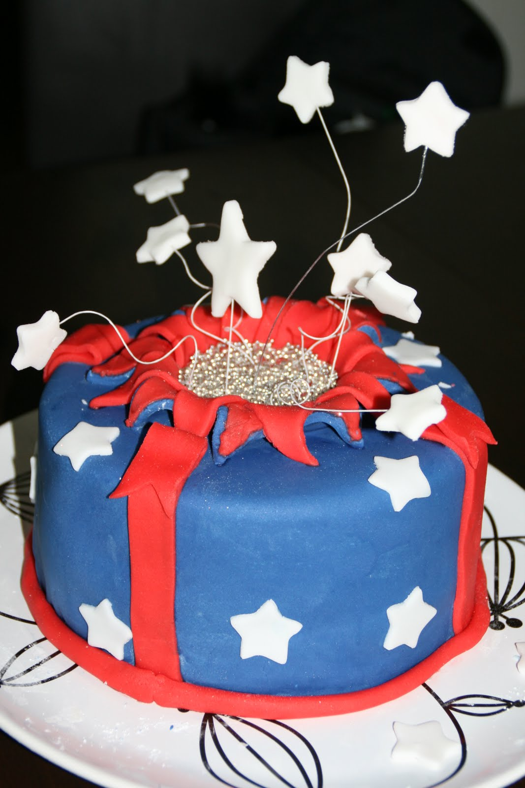 Debs Cakes And Cupcakes Exploding Star Aussie Day Themed Cake
