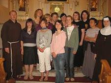 Oto kilka zdjęć z rekolekcji w lipcu u ss.Klarysek od Wieczystej Adoracji:-) 2009r.