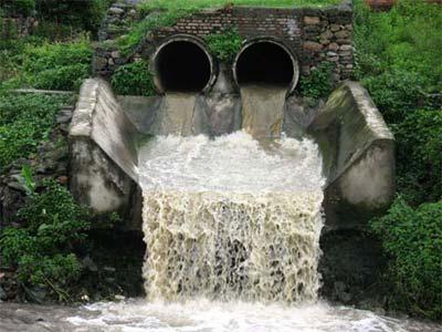 احسب حسابك صور عن تلوث المياه الجوفية