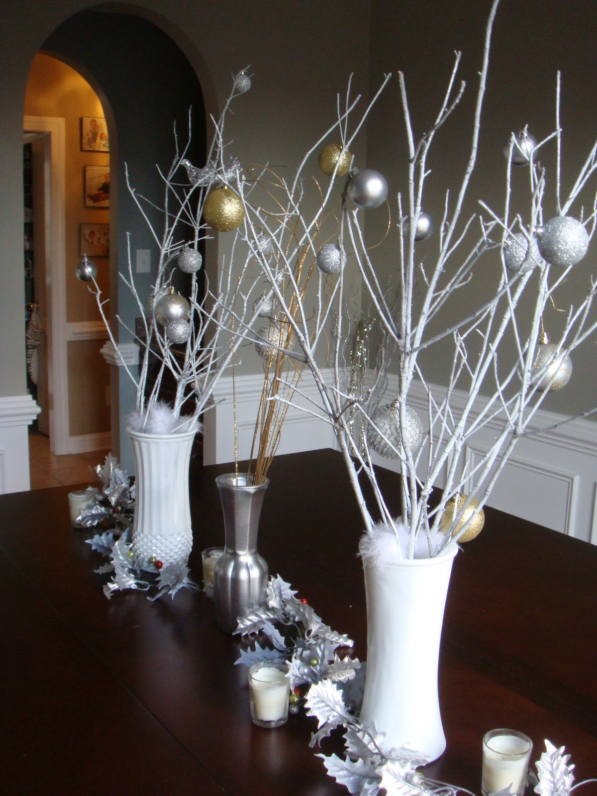 the nest builder a simple wintery stick dining room centerpiece and a. Black Bedroom Furniture Sets. Home Design Ideas