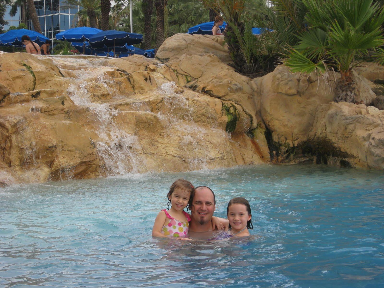 Richardson Family: Moody Gardens Palm Beach