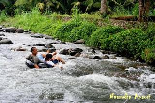 Rute Yang Kami Pilih Tidak Terlalu Jauh Mengingat Kami Tidak Menggunakan Jasa Pemandu Selama Susur Sungai Maka Hanya Rute Yang Kami Kenal Lah Yang Dipilih
