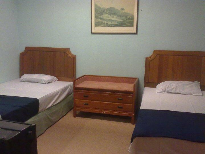 Traveller rest hub new room decoration for New room decoration