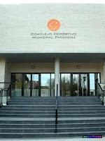 Fachada del complejo deportivo municipal Patacona