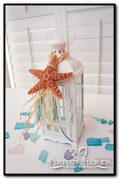 Perfect Florida Beach Wedding: Beach Themed Centerpieces