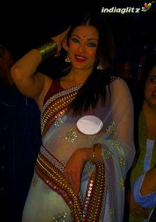 recent aishwarya rai wardrobe malfunction picture is caught in