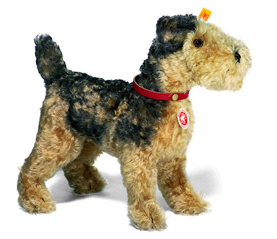 steiff classic dog fellow from www.beargarden.co.uk - Airedale Terrier Puppy Plush Toy