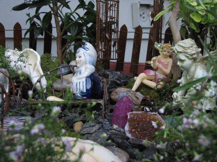[Fairy+Garden+Visiting]