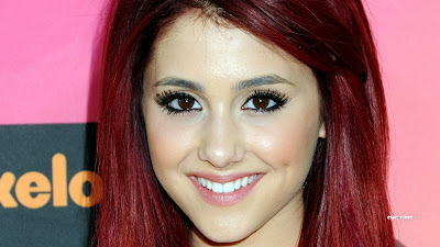 Ariana Grande is Young and Beautiful Singer and Actrees