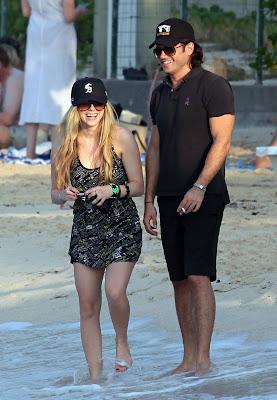Avril Lavigne Hot Photo