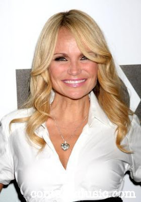 Kristin Chenoweth Hot Photo