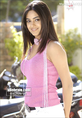 Meera Chopra New Picture Gallery