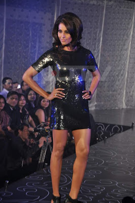 Bipasha, Mugdha, Malaika and Lisa walked on the ramp for Dicitex Furnishing at Novotel