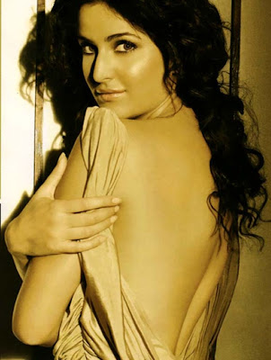 Bollywood Actresses Backless Wallpaper