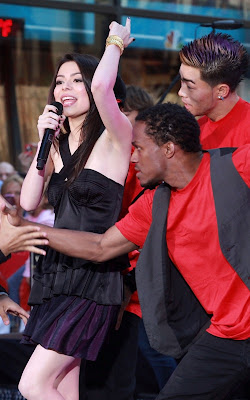Miranda Cosgrove Performing on The