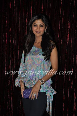 Shilpa Baby Photo on Shilpa Shetty   Raj Kundra Visit Manyata Dutt Baby Shower Ceremony At