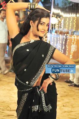 Kousha Telugu Hot Actress Sexy Photo
